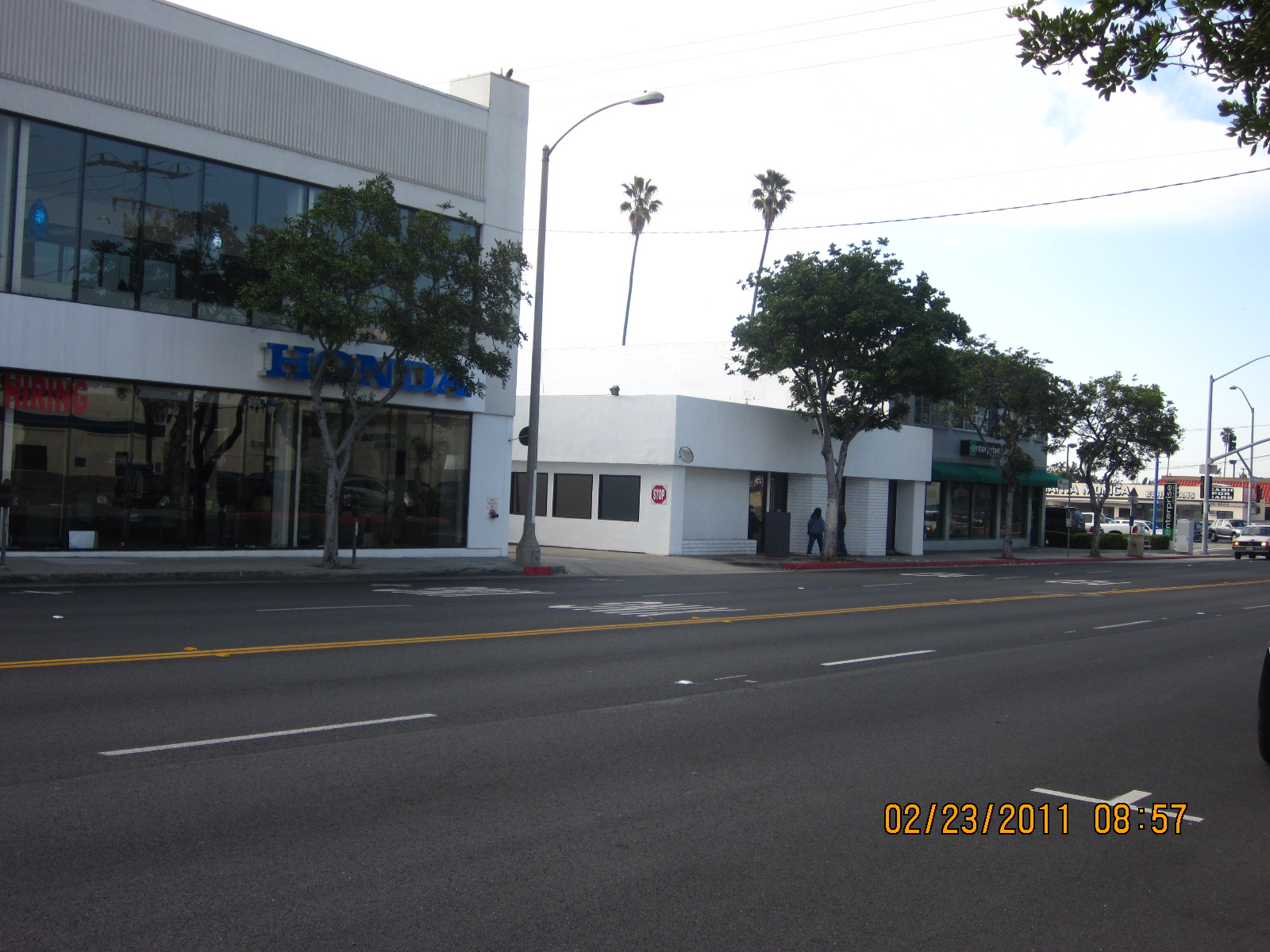 What s the connection for Honda dealer santa monica